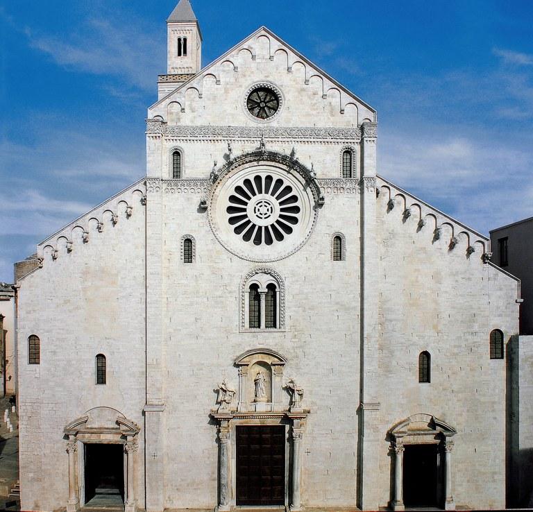 cattedrale bari.jpg