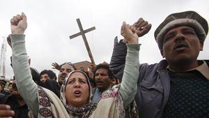 160402-withrow-pakistan-christians-tease_z4tesf_2324453.jpg