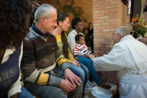 Il 2 aprile 2015 il Papa aveva lavato i piedi a 12 detenuti nel carcere romano di Rebibbia