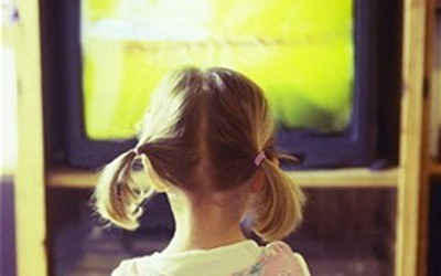 bambina-televisione.jpg
