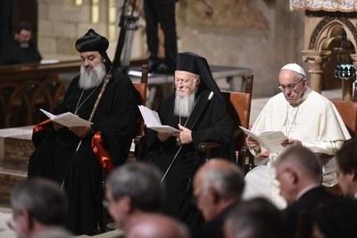 Preghiera ecumenica dei cristiani col Papa (Siciliani)