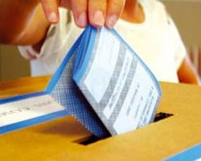 elezioni_urna1.jpg