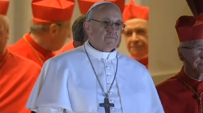 papa_Bergoglio_680.jpg