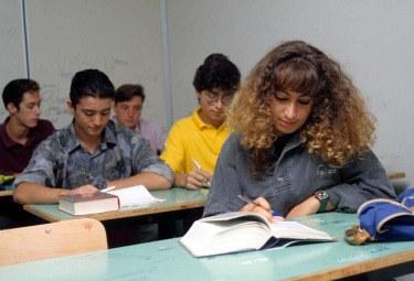 scuola_studenti-classeR375.jpg
