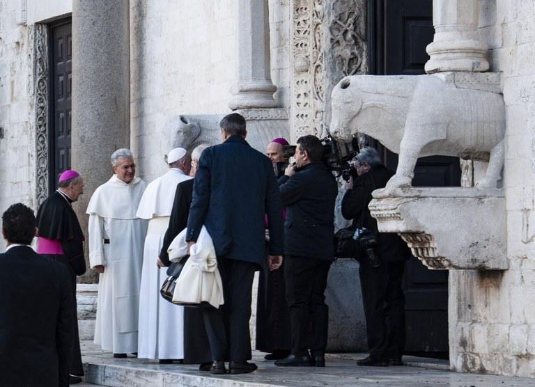 20200223 Bari Papa Francesco 20 (Copia di NXPowerLite).jpg