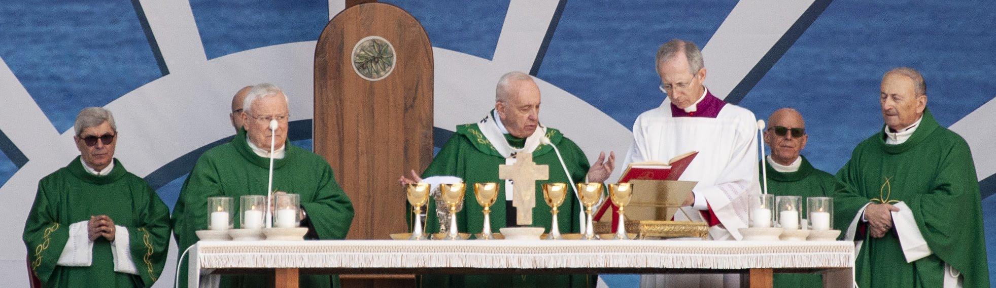 20200223 Bari Papa Francesco 200 (Copia di NXPowerLite).jpg
